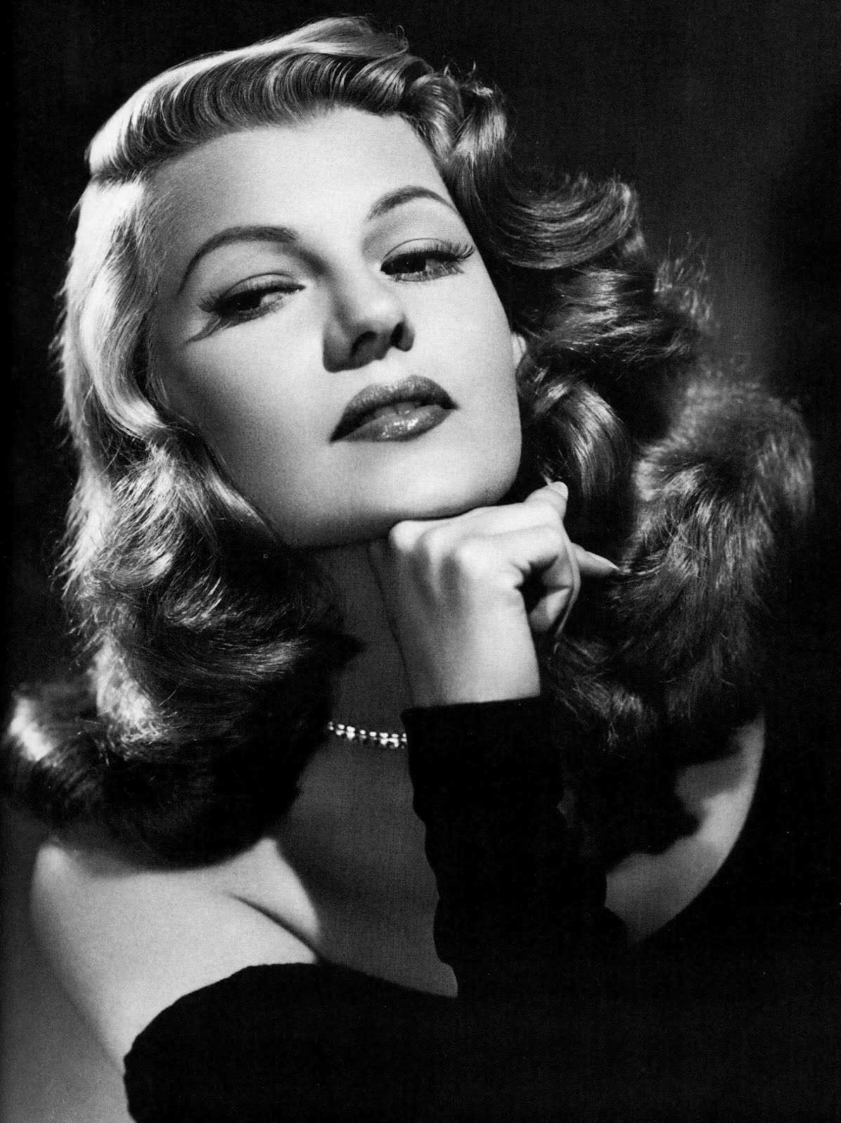 Rita Hayworth Whatsalon Blog